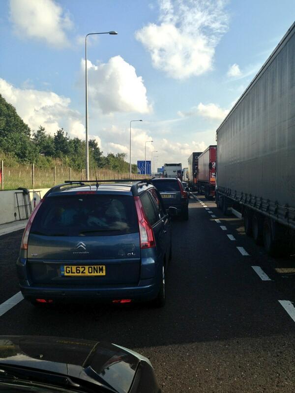 M25, delays