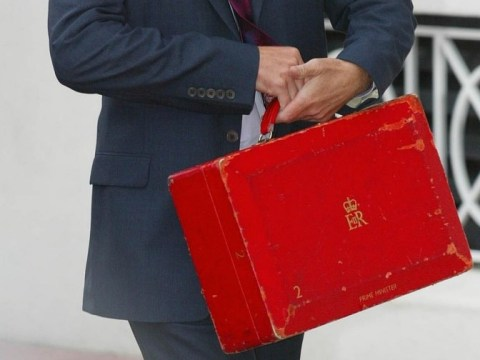 David Cameron 'leaves red box unattended on train'