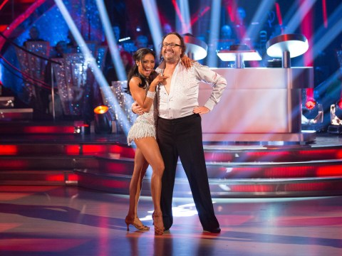 Strictly Come Dancing 2013, Saturday's episode – Dad dancing Dave Myers steals the show