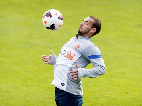 Galatasaray's Wesley Sneijder dismisses Chelsea transfer rumours