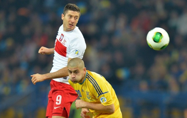 Robert Lewandowski fires Wembley warning to England