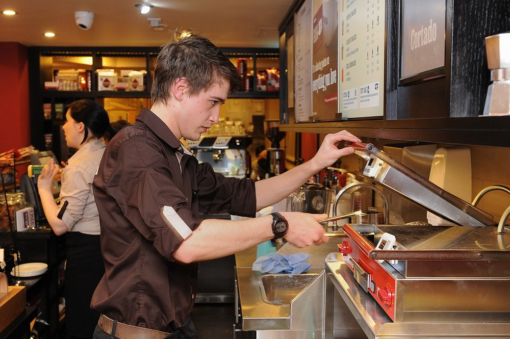 Costa Coffee expansion boosts Whitbread sales