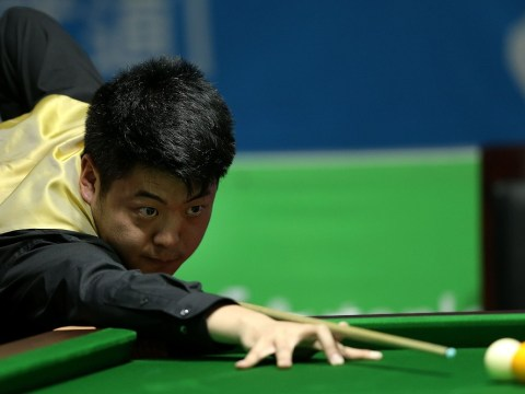 Ronnie O'Sullivan knocked out of International Championship by Liang Wenbo
