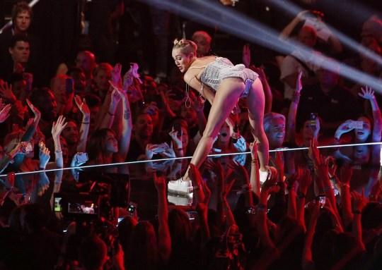Miley Cyrus, twerking