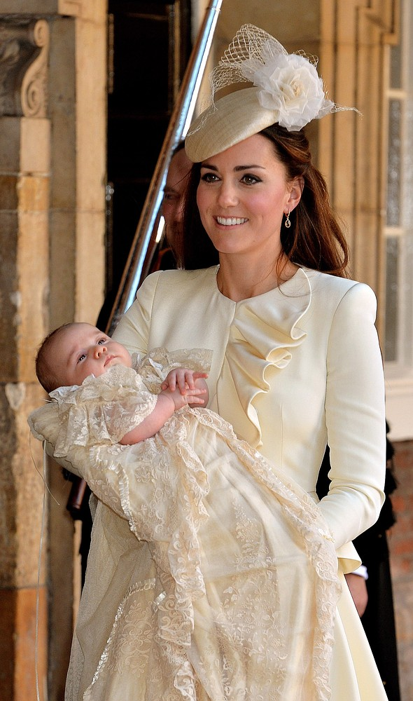 Prince George christening: Why it would be better for everyone if the future king wasn't baptised
