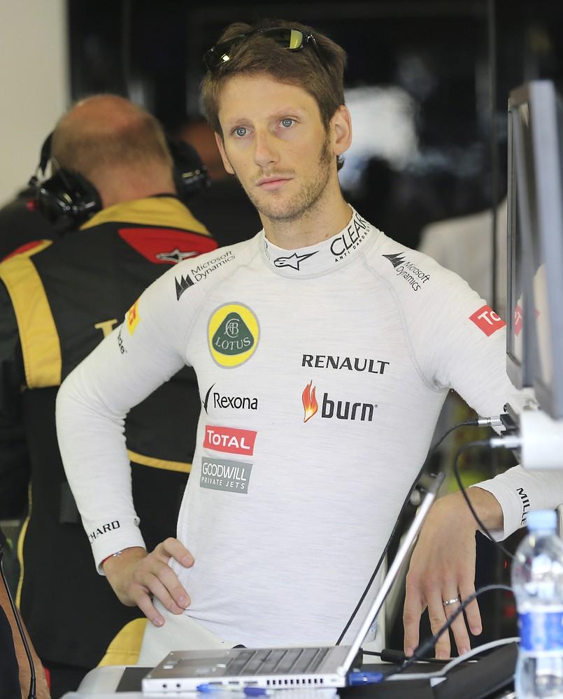 Lotus chiefs ready to make Roman Grosjean their lead driver next year after starring at Suzuka