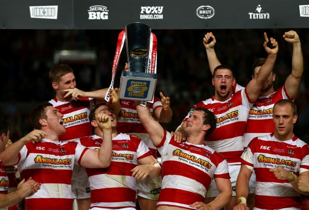 Wigan Warriors battle back against Warrington Wolves to be crowned Super League champions