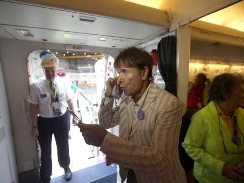 Sir Cliff Richard serenades sick children on board flight of a lifetime to Florida