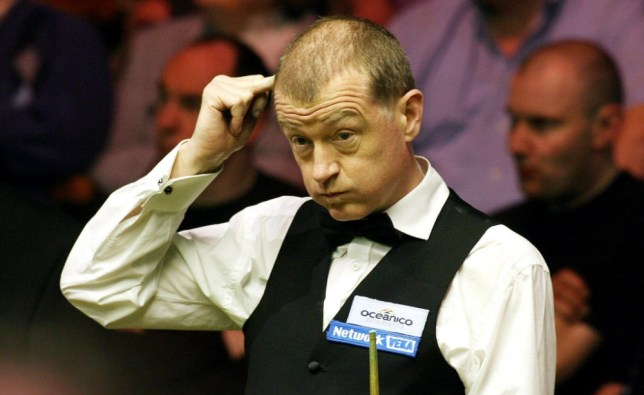 Steve Davis reacts during his match against Shaun Murphy in the second round of the World Championship at The Crucible Theatre, Sheffield. PRESS ASSOCIATION Photo. Picture date: Saturday April 22, 2006. Photo credit should read: Nigel Roddis/PA.