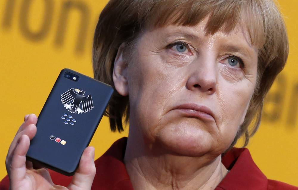 Germany's foreign minister to demand answers from US ambassador on Angela Merkel spying claims