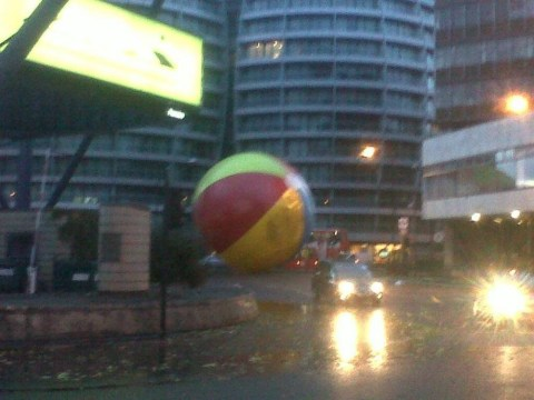 UK storm: Giant beach ball bounces around London