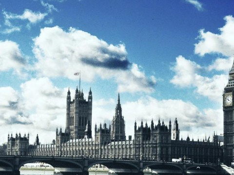 MPs give themselves an extra week's holiday in 2014 to make way for Scottish referendum