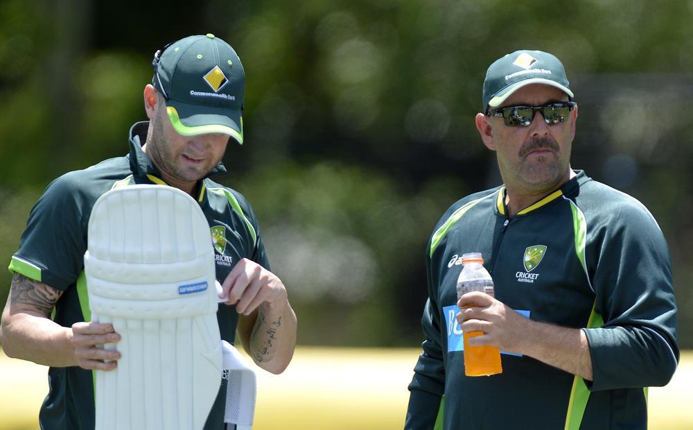 Ashes 2013-14: Australia vow to maintain hostilities in wake of Jonathan Trott affair