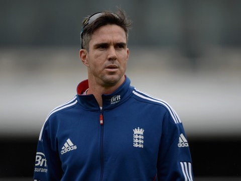 The Ashes 2013-14: England batsman Kevin Pietersen plays down knee injury fears