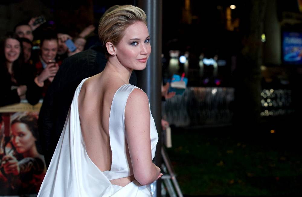 Jennifer Lawrence's 'mum hair' steals the show at Hunger Games: Catching Fire world premiere