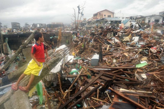 Typhoon Haiyan: Britain sends relief help to Philippines as death toll rises