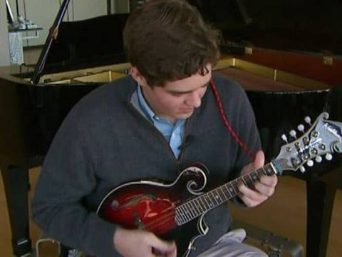 Teen discovers untapped musical talent after head injury