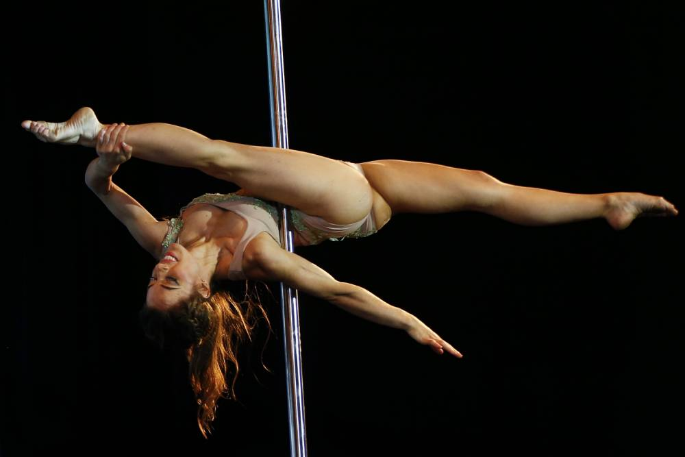 Gallery: Miss pole dance South America 2013