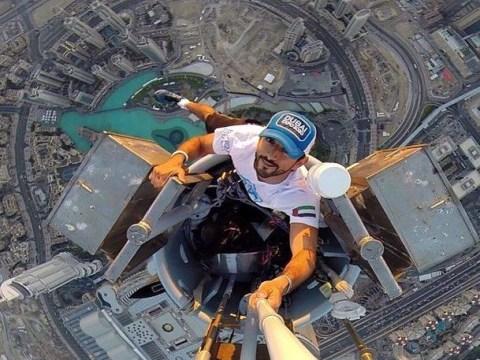 Prince of all he surveys: Dubai royal climbs Burj Khalifa