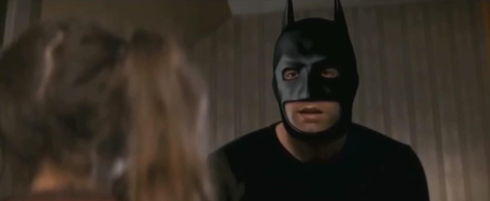 Ben Affleck screams at a child in 'leaked' Batman v Superman trailer