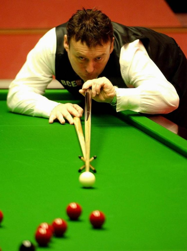 Jimmy White of England in action against Republic of Ireland's Fergal O'Brian during the Embassy World Championship First Round at the Crucible Theatre, Sheffield.