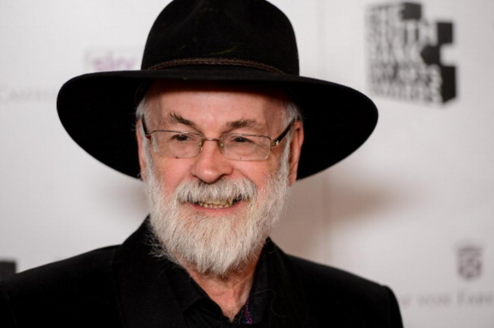 Good Samaritan returns Terry Pratchett book to Cheam library after it was found 6,000 miles away in Mauritius