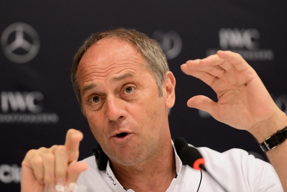 Sir Steve Redgrave to slope off for new reality ski jumping show