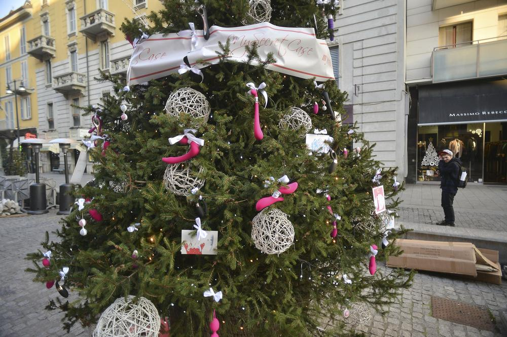 Christmas 'Tree of Pleasure' ordered to have sex toys removed from its branches
