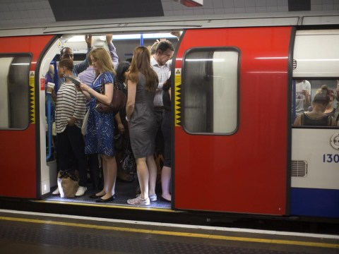 Average commuter burns more than 320 calories getting to and from work