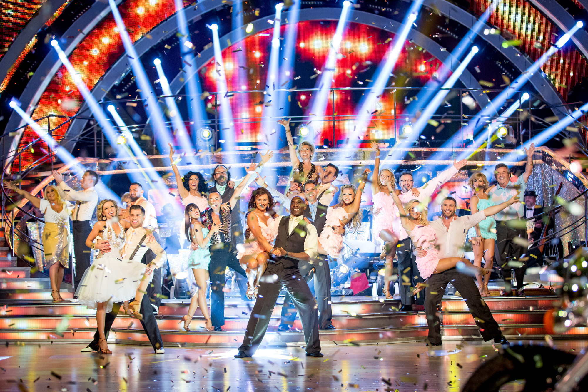 Selfies, showdances and sobbing dancers: The best bits of the Strictly Come Dancing 2013 final