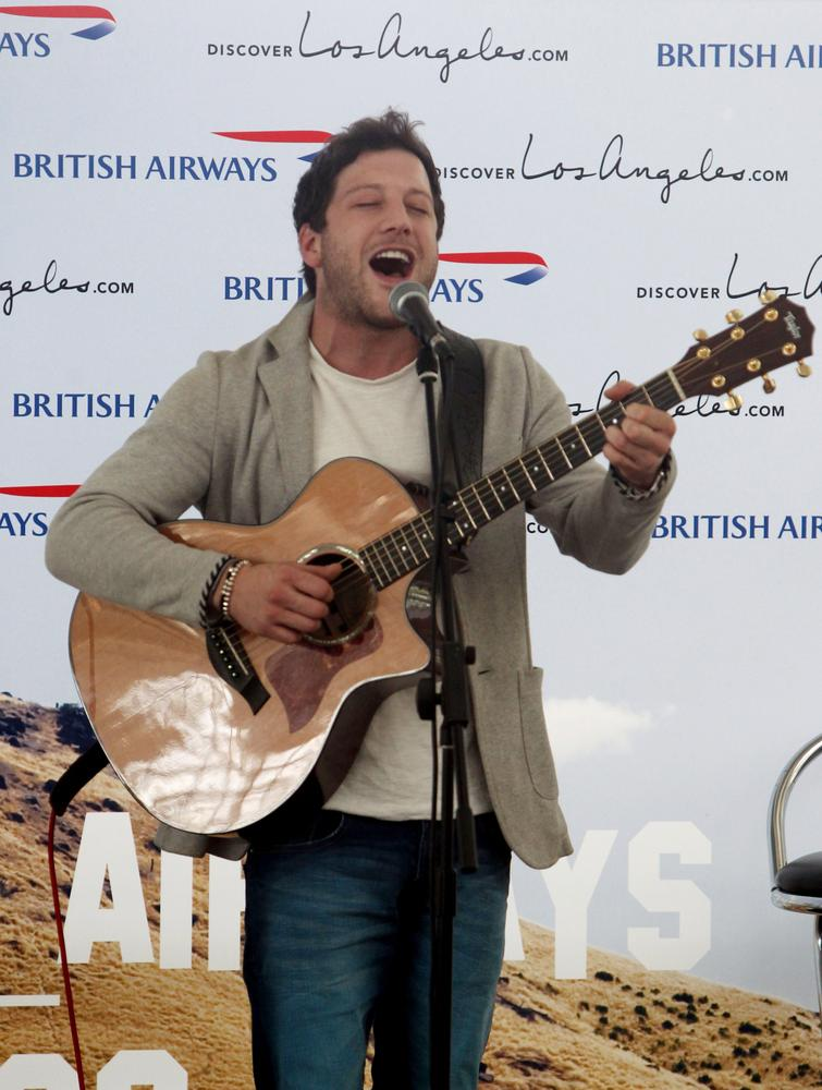 Matt Cardle 'in rehab after becoming addicted to prescription drugs'