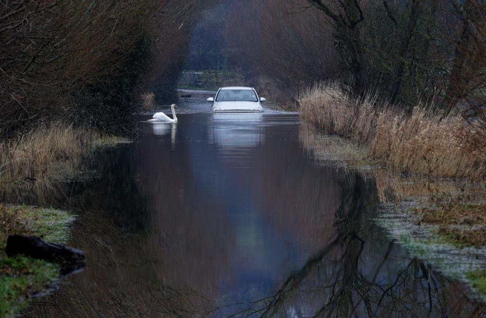 UK weather: Troops deployed to help flood-stricken Somerset
