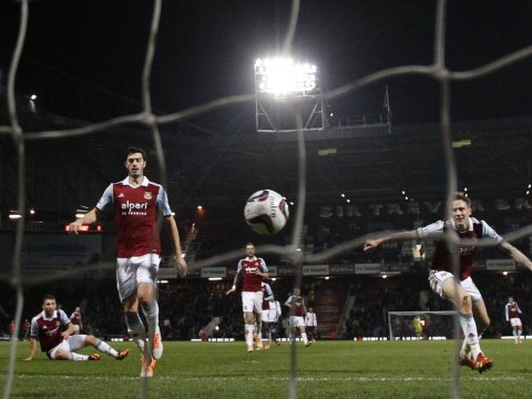 Manchester City complete West Ham Capital One Cup humiliation with record breaking semi-final margin