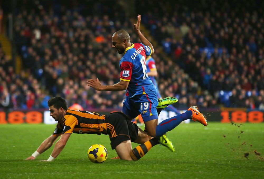 Poor refereeing adds to Hull City's misery against Crystal Palace