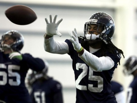 Super Bowl: Marshawn Lynch can sideline Peyton Manning as Seattle Seahawks out run the Denver Broncos