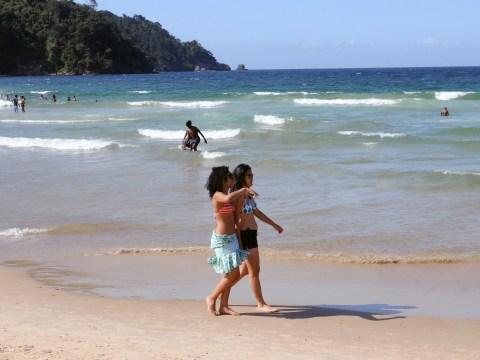 British couple buy cheap flight tickets to the Caribbean from Birmingham… Alabama