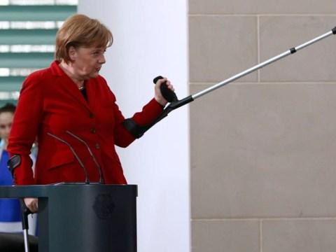 German chancellor Angela Merkel fractures pelvis in skiing accident
