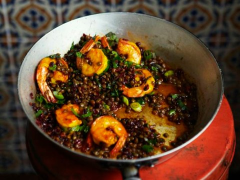 How to cook warm barberry and posh prawns with lentils