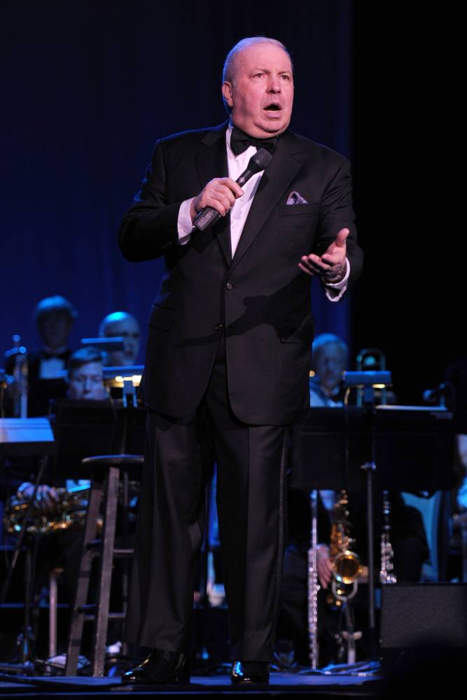 Frank Sinatra Jr is a singer, just like his dad was (Picture: ISO Images)