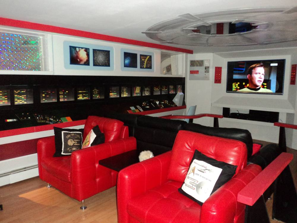 Star Trek super fan Line Rainville, from Quebec, Canada, spends £20,000 turning her new home into show set replica