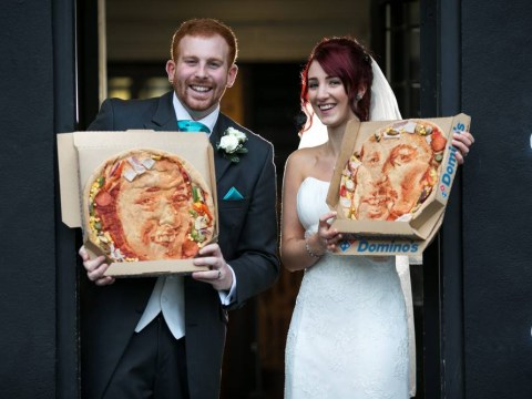 It's hard to top this couple's wedding gifts: Newlyweds give each other pizza portraits