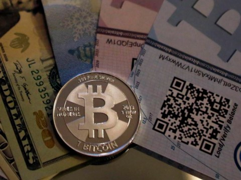 Bitcoin traders charged over Silk Road, the 'eBay of drugs'