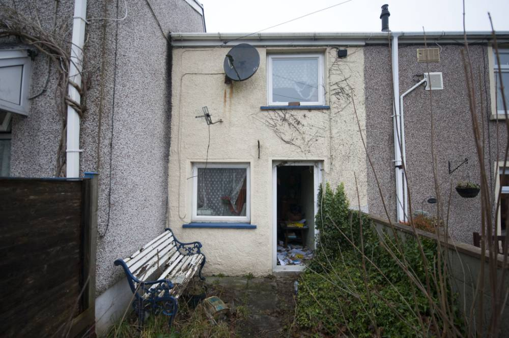 UK's 'cheapest house' goes under the hammer for £8,000