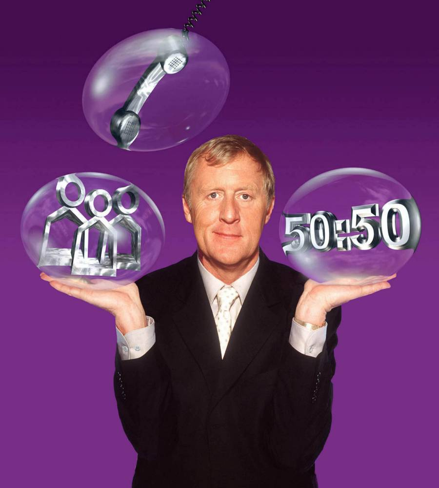Celebrity Who Wants To Be A Millionaire? with CHRIS TARRANT    FROM ITV PICTURE DESK LONDON WHO WANTS TO BE A MILLIONAIRE on ITV1. Picture shows: CHRIS TARRANT A Sony Pictures Television production for ITV1. This image is [c] Sony Pictures Television. For further picture information, please contact:  Johanna Cassells at SPT on 020 7533 1363.