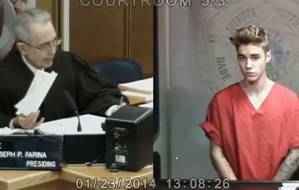 Deport Justin Bieber: Thousands sign petition to deport singer from US after drugs arrest