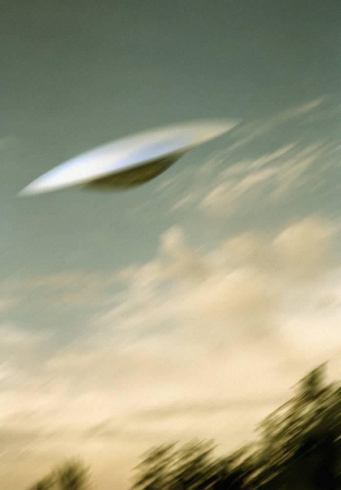 Very close encounter: Pilot tells of near-miss with UFO near Heathrow Airport