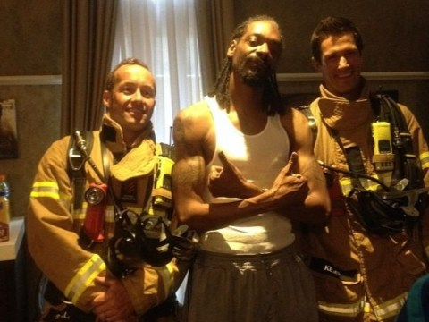 Firefighters respond to fire alarm at hotel, arrive to find a grinning Snoop Dogg