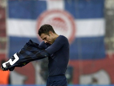 Robin van Persie criticises Manchester United team-mates for getting in his way in abject Olympiakos defeat