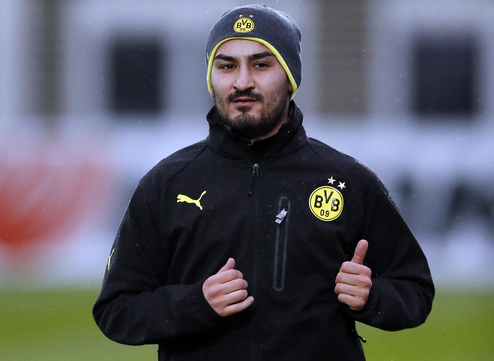 Manchester United confident of Ilkay Gundogan transfer after offering Shinji Kagawa as bait