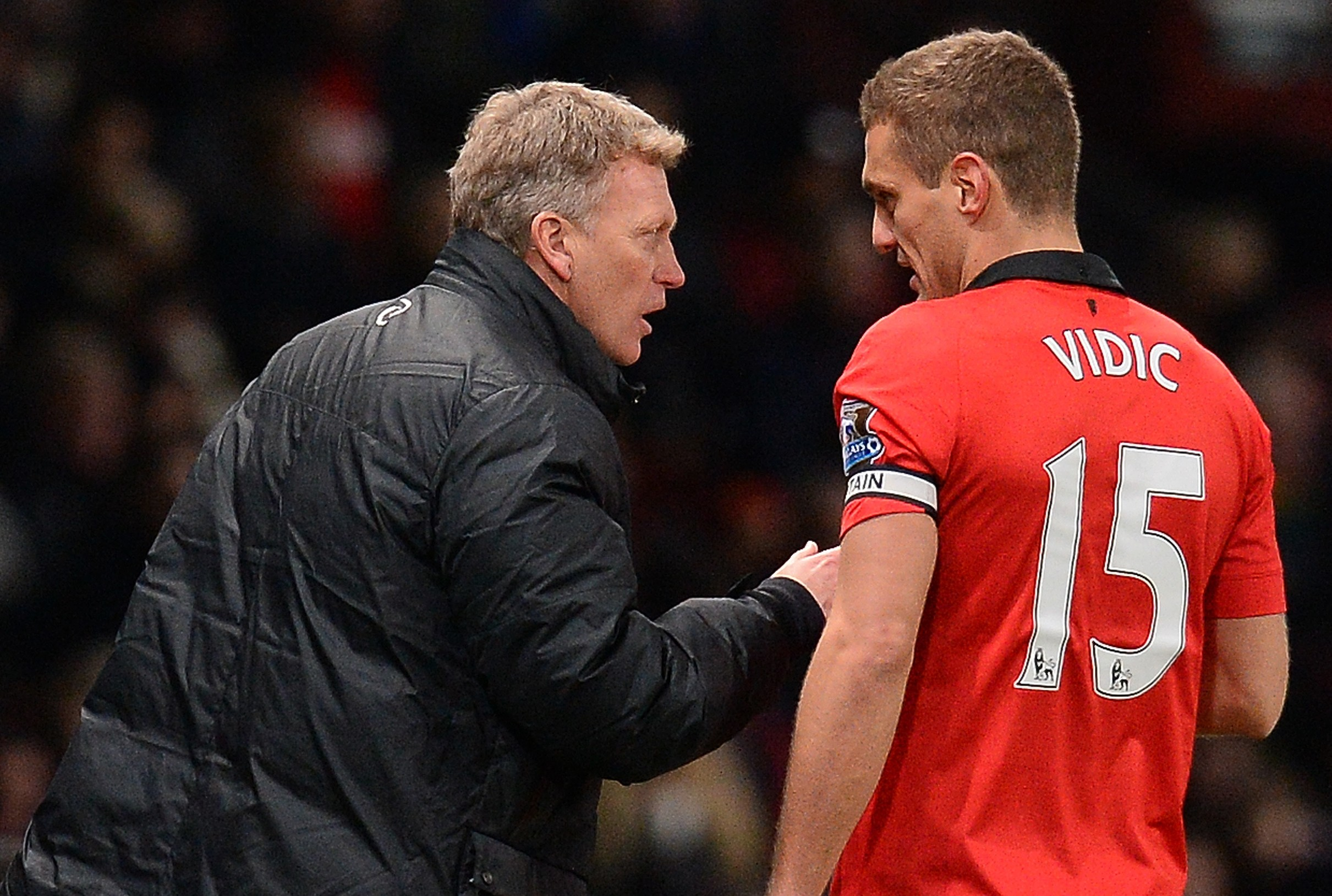 David Moyes dealt blow as Nemanja Vidic walks out on Manchester United